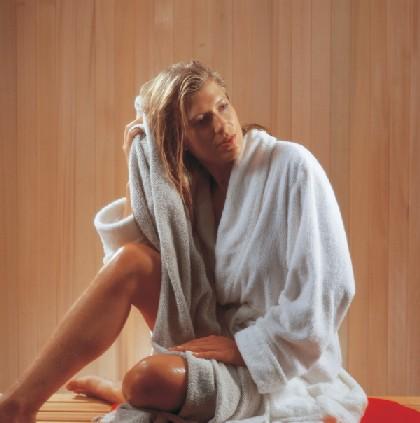 Nên tắm trước hay sau khi xông hơi?